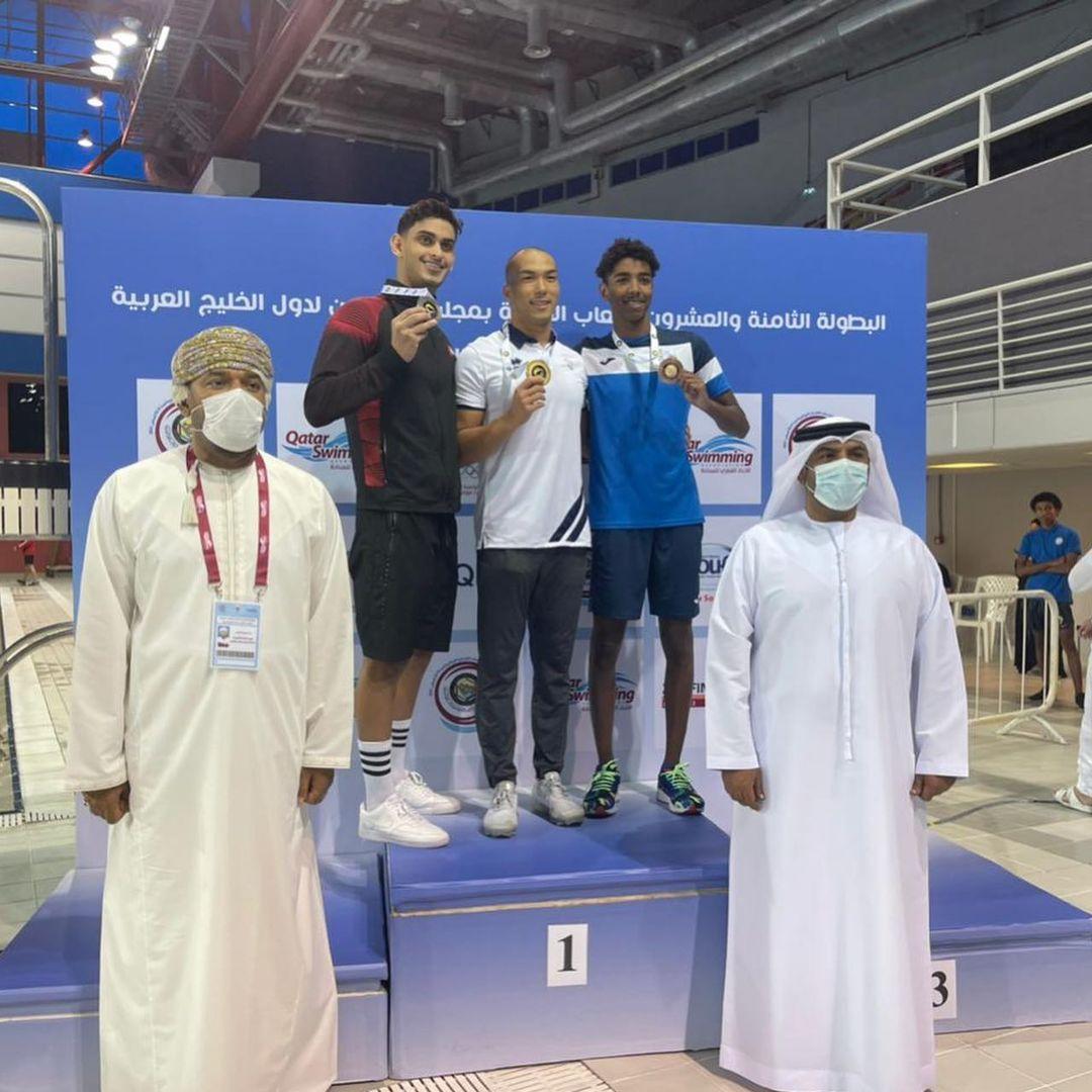 يوسف المطروشي يحرز فضية سباق 400 متر حرة و رقم دولة جديد 4.12 علما ان رقم الدولة السابق كان 4:14 دقيقة